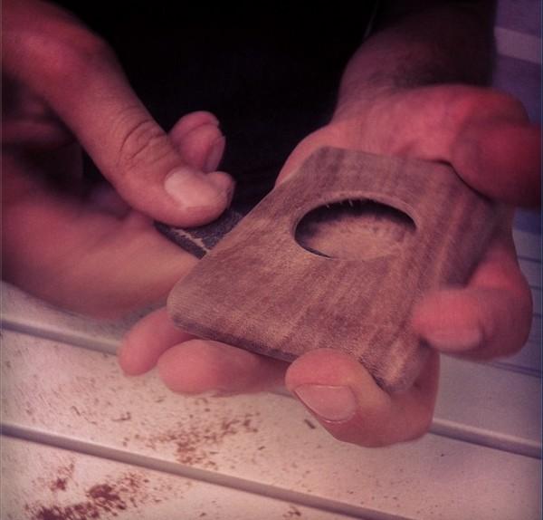 Деревянные кошельки вместо привычной кожгалантереи
