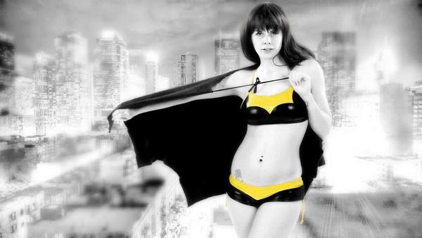 Горячие бикини для девушек-гиков HERO-KINIS