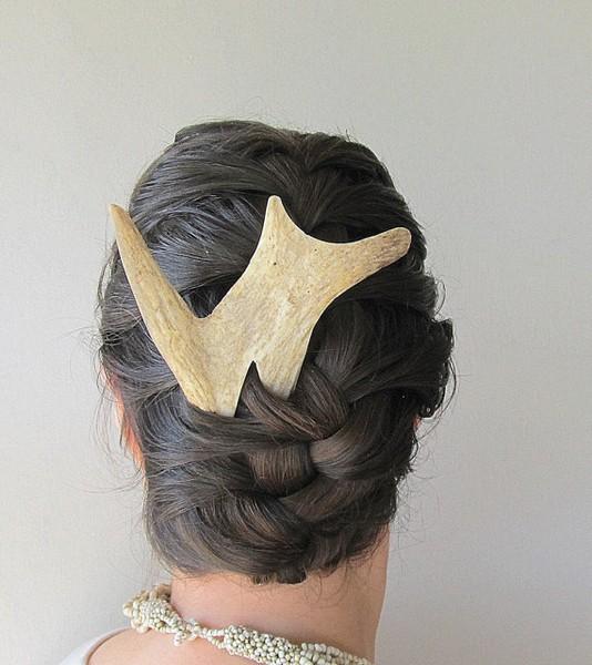 Украшения для волос из костей от JC McCairn