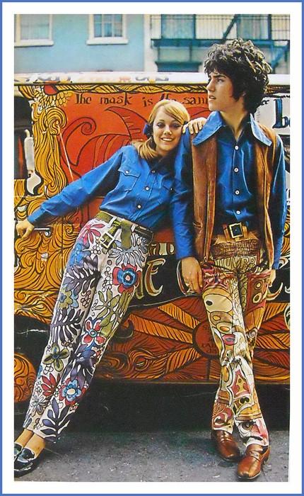 Психоделические принты добрались и до джинсов.