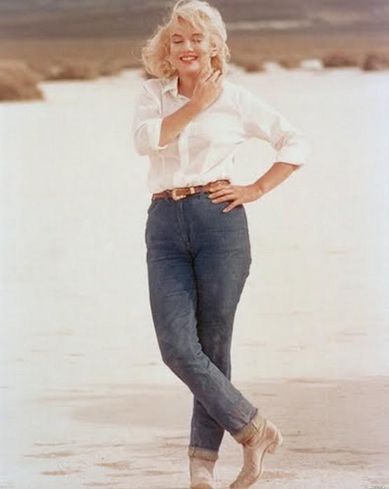 Мэрилин Монро в джинсах.