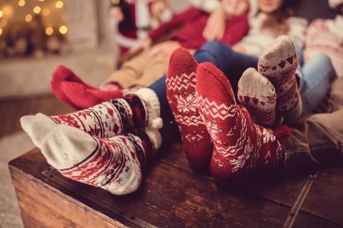 У каждого народа свои традиции. Главное, быть в кругу семьи.