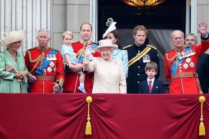 Без одобрения королевы – никакого брака.