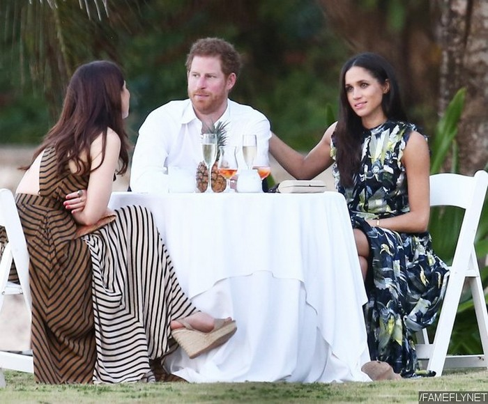 Принц Гарри и Меган Маркл на свадьбе друзей принца, Гаваи.