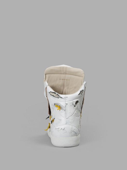 Драные кроссовки за 1425 долларов от французского бренда Maison Martin Margiela