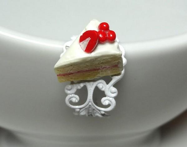 Аппетитные кольца-десерты в стиле эпохи рококо