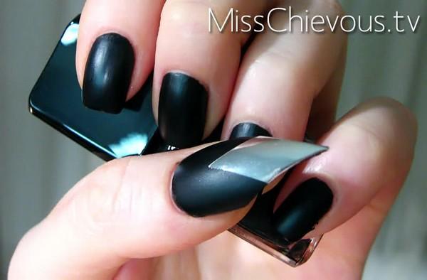 Шикарные волосы и ногти - Страница 2 Nail-Quills-Illamasqua-6