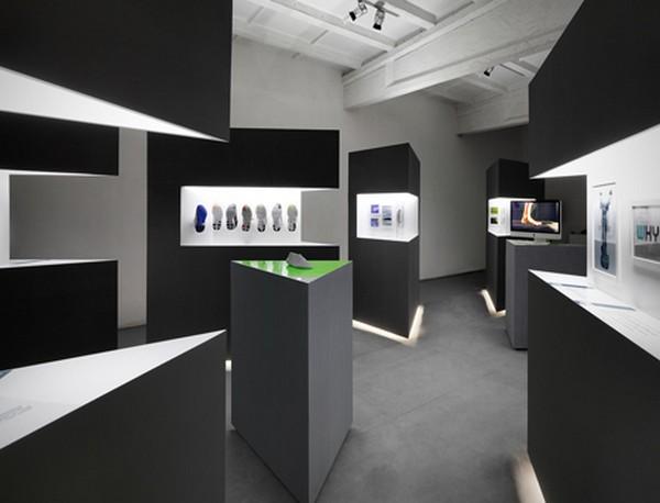 Кроссовки как арт-объект в экспозиции Nike Free: зона The A-Z of Nike Free