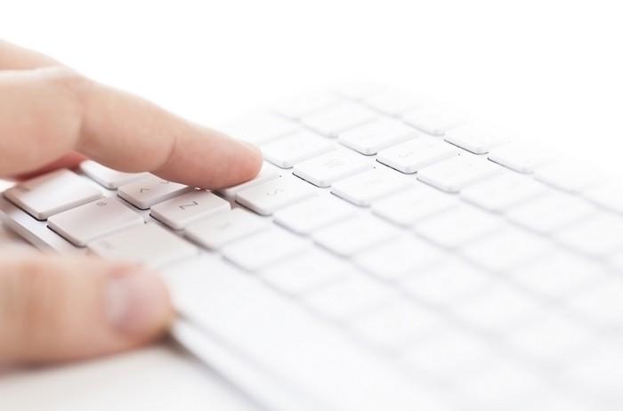 Почему буквы на клавиатуре расположены не в алфавитном порядке?