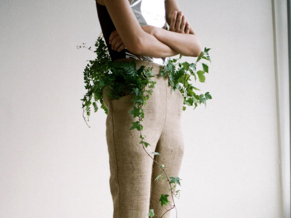 Концептуальная одежда для людей и растений от литовского дизайнера