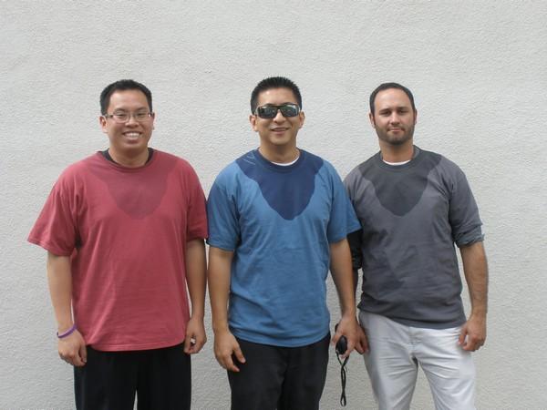 «Потные» футболки для халявщиков и приколистов