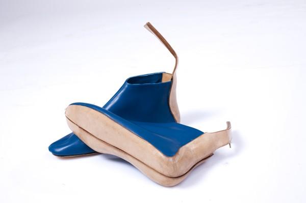 Сумка, которая превращается в обувь; обувь, которая превращается в сумку