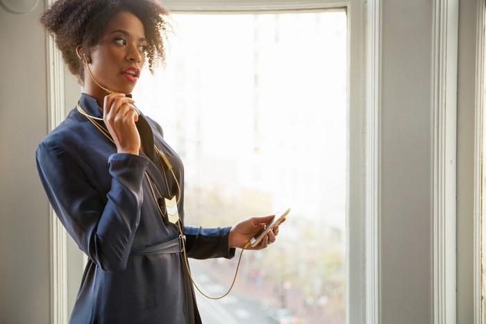 The Dipper Audio Necklace  - самые женственные наушники от оперной певицы и шикарное колье по совместительству
