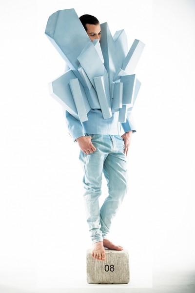 Коллекция креативных курток и плащей Exploded View от The Kampe