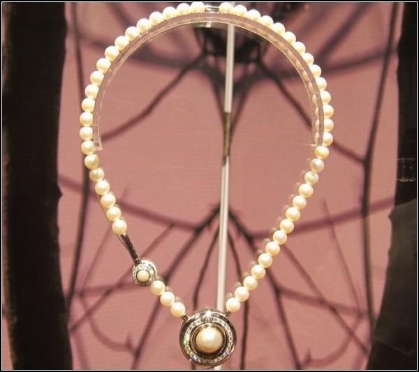 Необычные украшения с Bluetooth: дизайнерское колье Victoria collection