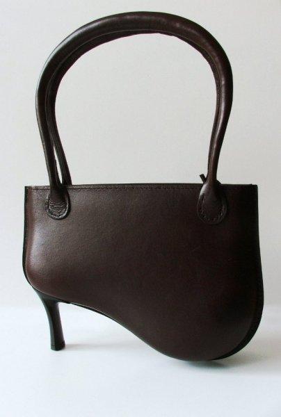 Удивительные сумки на высоком каблуке от Peter Jakubi