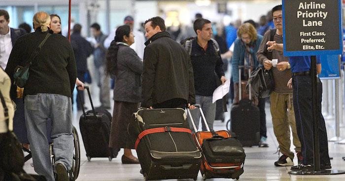 В аэропорте стало на один стресс больше.