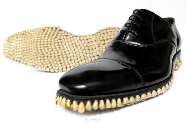 Хищная пара мужских туфель Apex predators