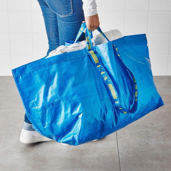 Дорогой ширпотреб  как известный бренд продает «сумку из IKEA» за ... 409b5569c96