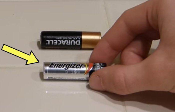 Как найти действующую батарейку в куче «севших».
