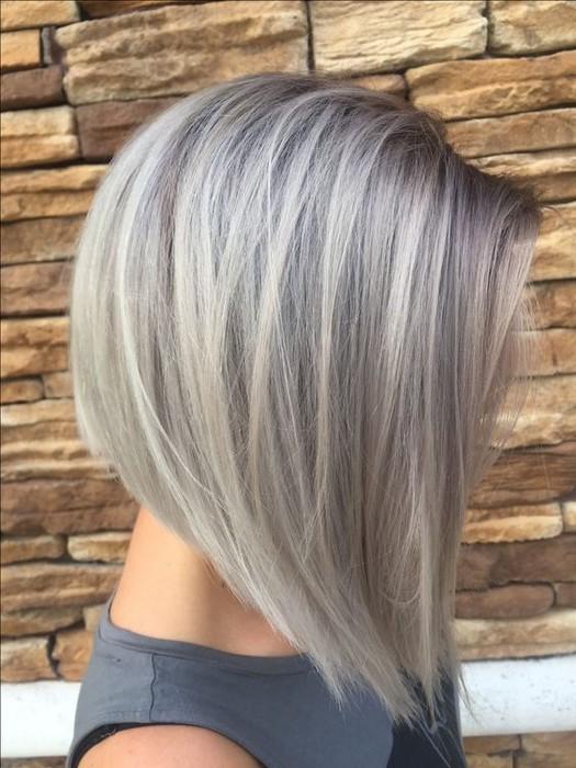 «Металл» на коротких и средней длины волосах выглядит просто восхитительно.