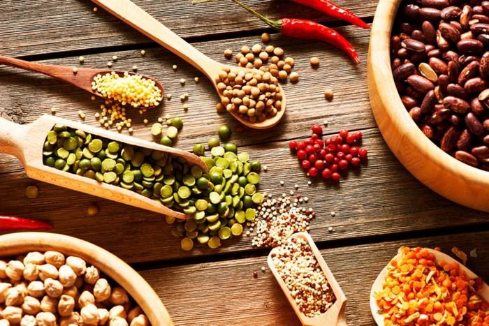 10 продуктов питания, которые обязаны быть в рационе каждой женщины