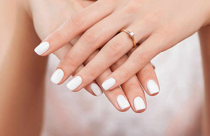 Квадратные ногти.