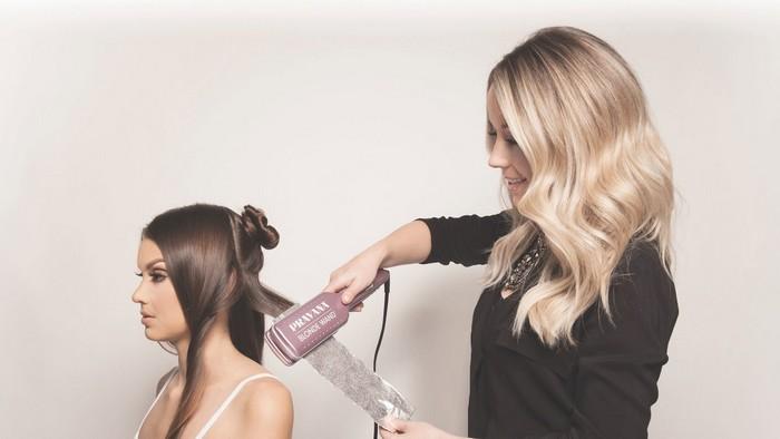 Blonde Wand – устройство, которое поможет осветлить волосы до 7 тонов за считанные минуты