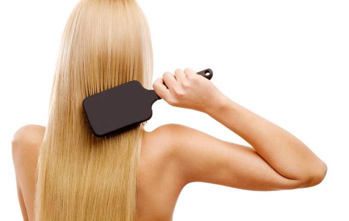 Как подобрать идеальную расчёску для каждого типа волос