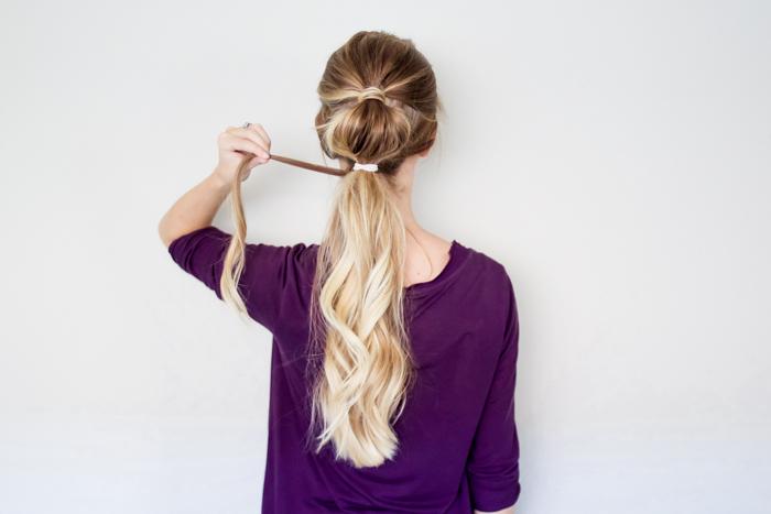 Делаем хвост «с пузырьками» – самую актуальную причёску для жаркого лета