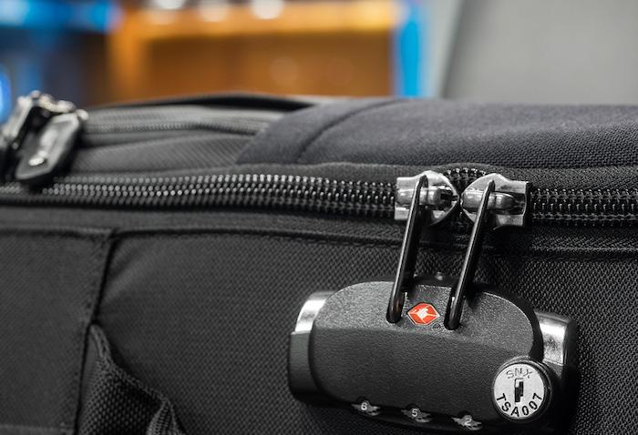 Защитят ли замки ваш багаж?