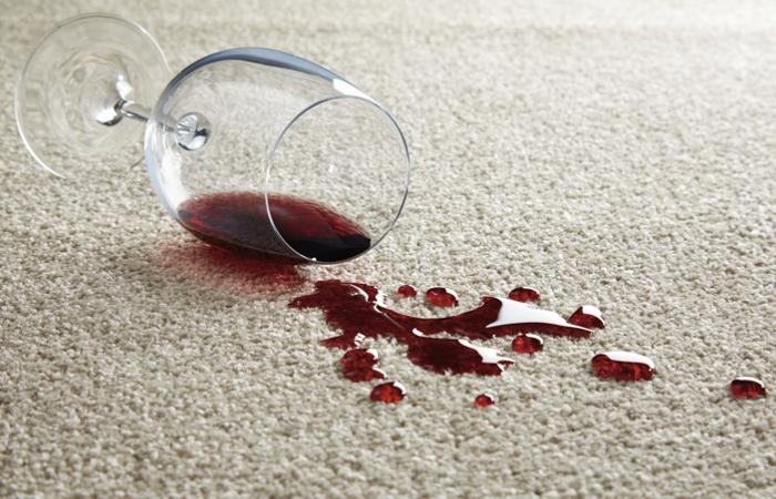 Как очистить ковёр даже от старых пятен за 7 простых шагов