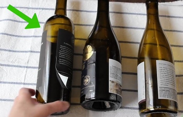 Подготовьте пустую и чистую бутылку вина.