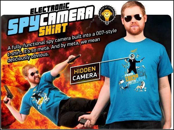 Фанатам 007 на вооружение: футболка со шпионской камерой