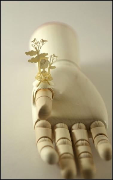 Ажурные кольца: необычные украшения из бумаги от Эльзы Мора