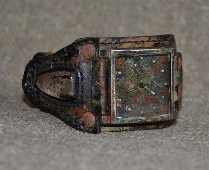 Суровые часы в стиле стимпанк