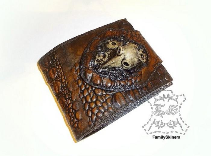 Кожаный кошелек ручной работы обойдётся в 130-160 долларов