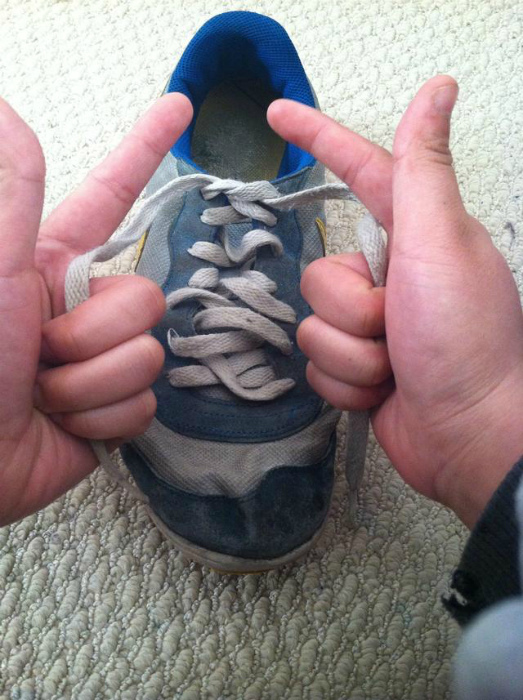 Как завязать шнурки за 2 секунды