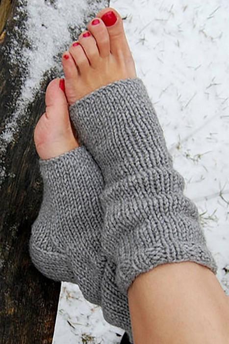 Тепло ли тебе, девица, в носках с дырками?