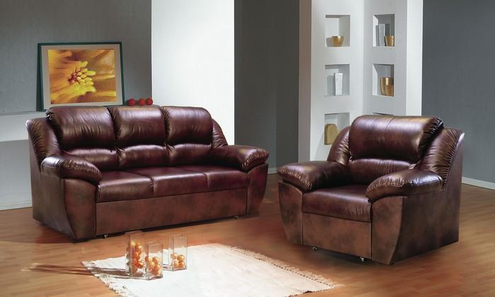 Кожаная мебель - худший выбор для дома.