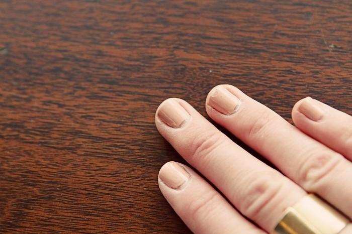 5 ошибок, которые быстро уничтожат даже стойкий маникюр гель-лаком