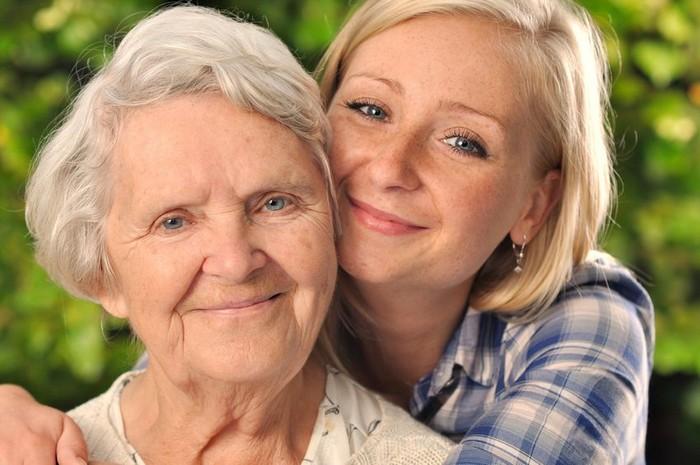 Большая часть генетического материала нас достаётся от маминой мамы.