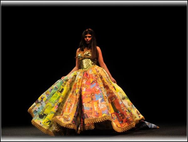 платье из старых детских книжек | Fashion