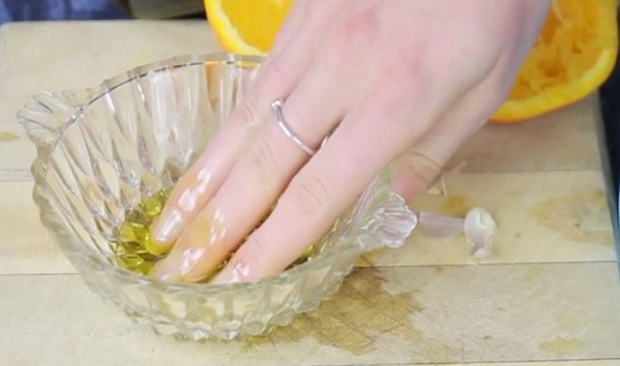 Ванночка из оливкового масла.