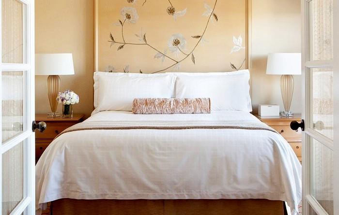 Истинная причина, почему в отелях всегда только белая постель.