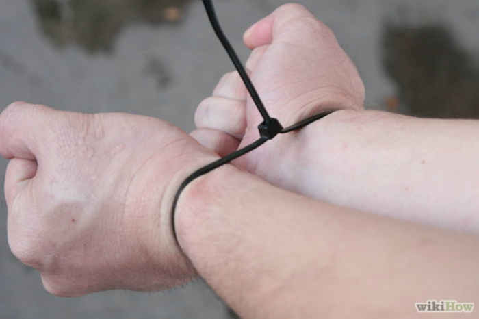 http://www.novate.ru/files/u18927/howto-escape-handcuffs-novate-14.jpg