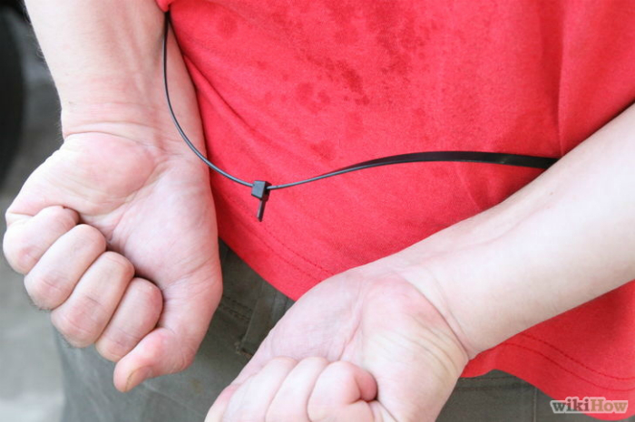 http://www.novate.ru/files/u18927/howto-escape-handcuffs-novate-16.jpg