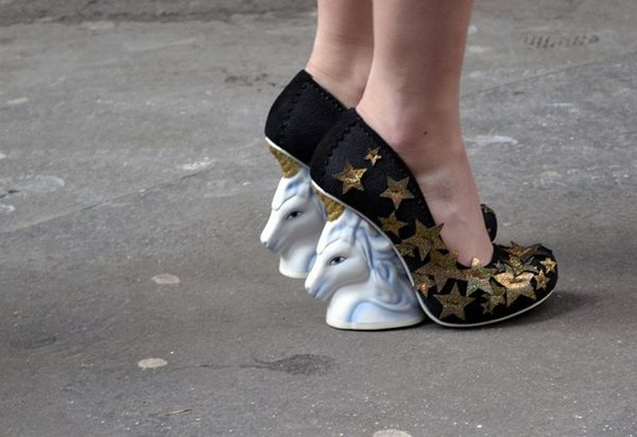 10 самых сумасшедших пар дизайнерской обуви от Irregular Choice:The One Who Charms – целых два единорога для взрослых принцесс