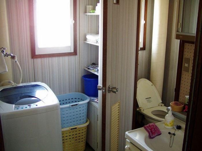Японская ванная: маленькая, да удаленькая.