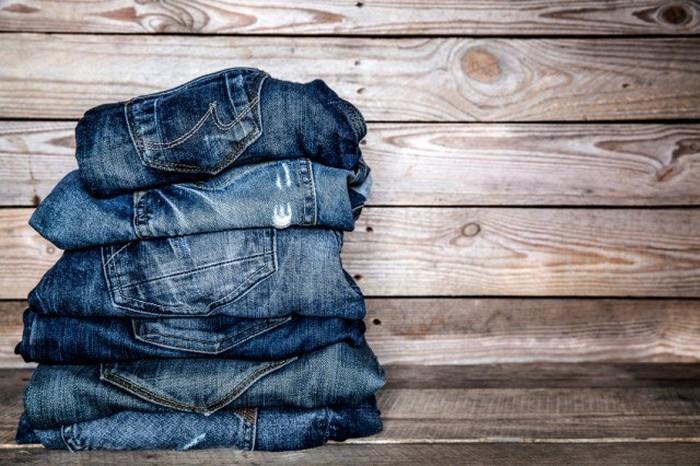 8 мест и событий, где джинсы будут крайне не уместны